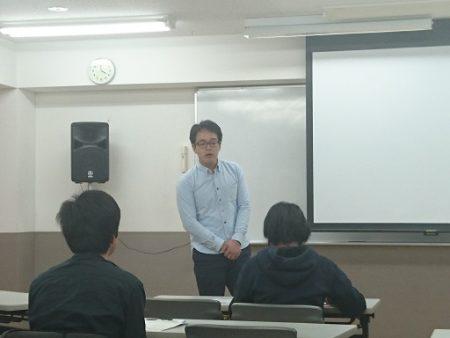 6 鈴木氏