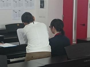 ピアノ 2